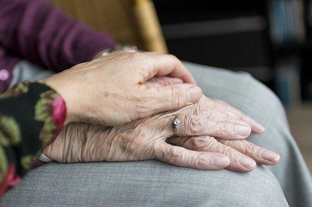Prenons soins de nos parents âgés